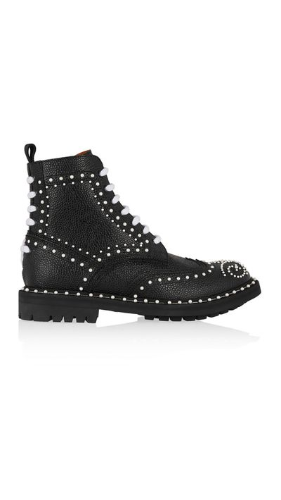 "<a href=""http://www.net-a-porter.com/au/en/product/510779"" target=""_blank"">Boots, $2770, Givenchy at net-a-porter.com</a>"