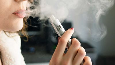 Calls to strengthen vape laws in WA