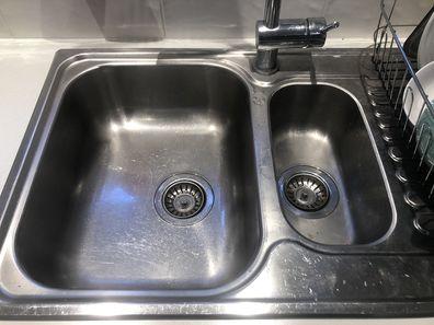How to deep clean sink hack