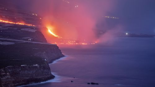 Lava from a volcano on Spains Canary Islands has finally reached the Atlantic Ocean.