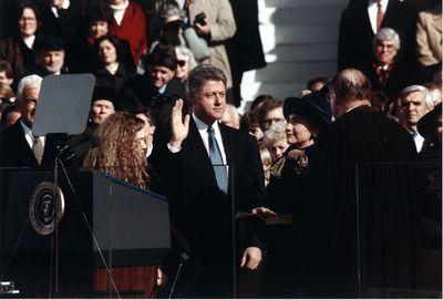 Bill Clinton sworn in as 42nd US president