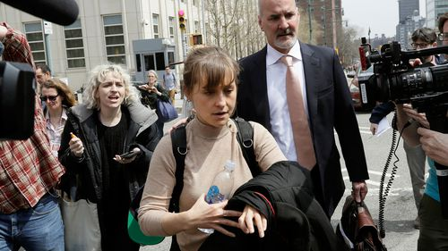 Actress Allison Mack leaves Brooklyn federal court