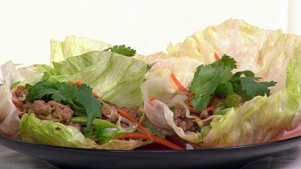 San choy bow with pork & shiitake mushrooms