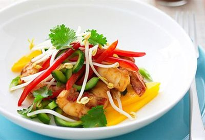 "<a href="" /recipes/iprawn/8347166/mango-and-prawn-salad "" target=""_top"">Mango and prawn salad<br> </a>"