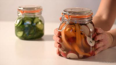How to make easy, basic pickles