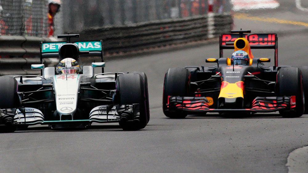 Ricciardo hopeful of challenging Mercedes