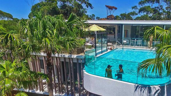 Bannisters Pavilion Mollymook rooftop pool
