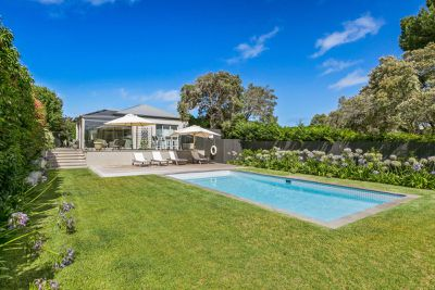 Australian Homes For Sale With Stunning Swimming Pools