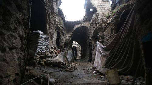A December 2016 photo of a section of the marketplace where the roof has collapsed. (Photo: Youssef Karwashan/ AFP)