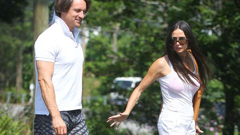 Demi Moore shows off new Kiwi toyboy