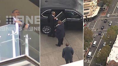 Obama waves hello to Australia
