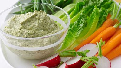 "<a href=""http://kitchen.nine.com.au/2016/05/19/10/51/fetta-walnut-and-herb-dip"" target=""_top"">Fetta, walnut and herb dip</a>"