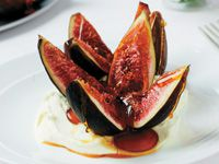Toffee figs with mascarpone cream
