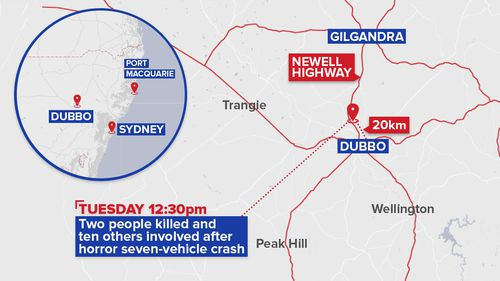 The crash took place 20km north of Dubbo, on the Newell Highway. (Image: 9NEWS)