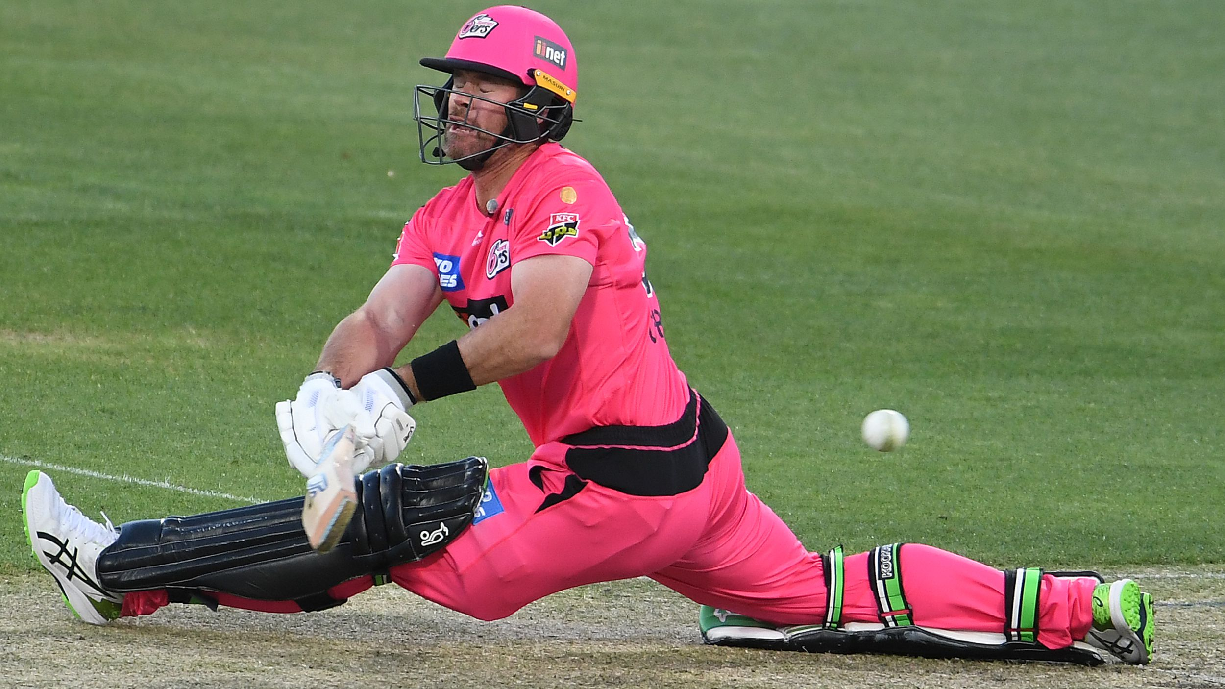 Big hitting Dan Christian stars for Sydney Sixers in comfortable BBL win over Adelaide Strikers