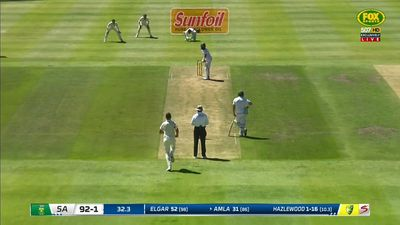 South Africa 2-185 at tea in third Test