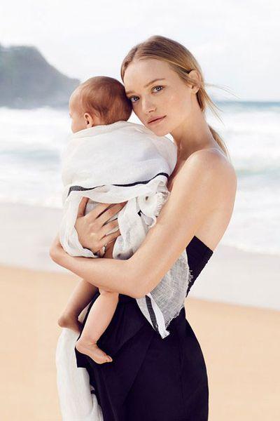 <p>Gemma Ward and Naia</p>