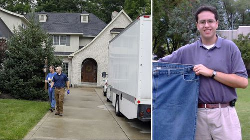 FBI agents (left) at the Zionsville home of Subway spokesman Jared Fogle. (AAP)