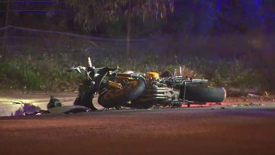 Two deadly crashes on South Australian roads overnight