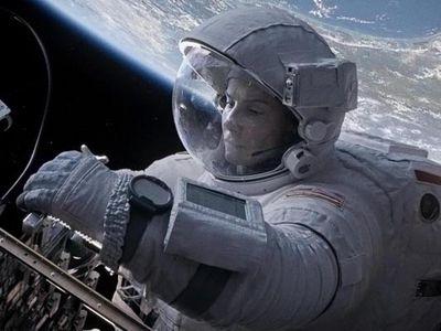<strong>Best Actress in a Drama: Sandra Bullock, </strong> <em> <strong>Gravity</strong> </em> <p> Will Sandra's role in Gravity win her a Golden Globe? Check out her competition below:<br/><br/>Cate Blanchett - <em>Blue Jasmine</em><br/>Judi Dench - <em>Philomena</em><br/>Emma Thompson - <em>Saving Mr. Banks</em><br/>Kate Winslet - <em>Labour Day</em>