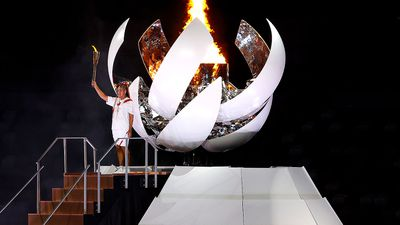 Naomi Osaka lights the cauldron