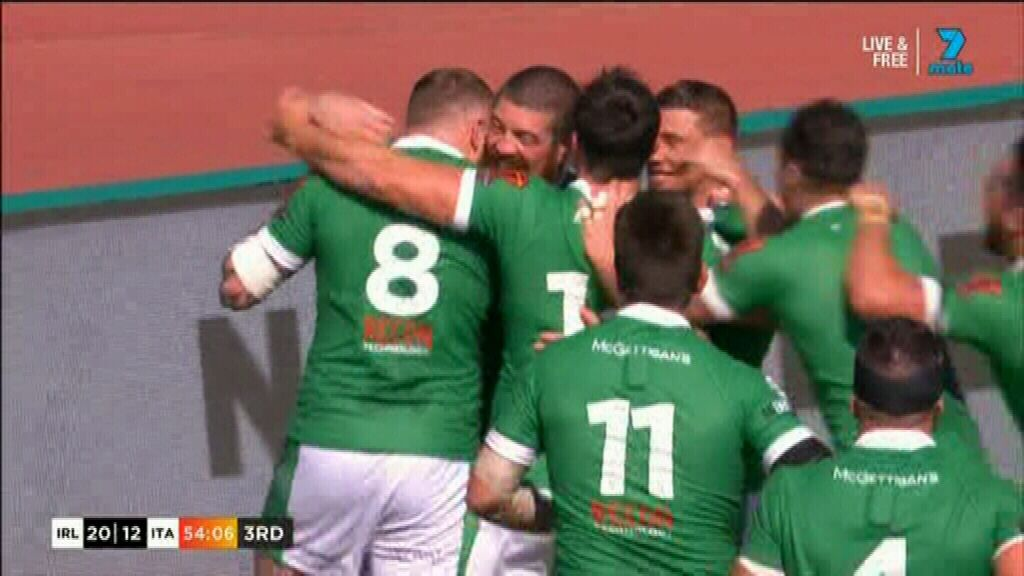 Amor extends Ireland's lead