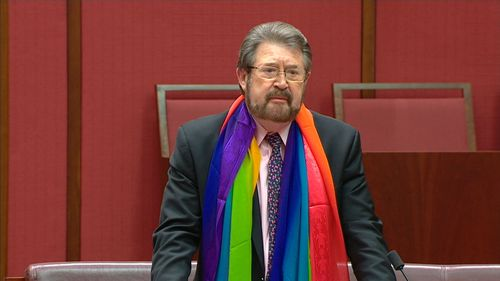 Derryn Hinch has backed the same-sex marriage bill.