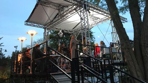 The purpose-built stage took five hours to construct and weighs nearly one tonne. Picture: 9NEWS/Gabrielle Adams
