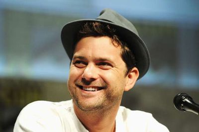 Wear all the short-brim fedora hats you want, Joshua Jackson, it's still not going to distract us form seeing Pacey every time we look at you.