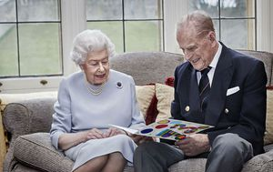 Queen and Prince Phillip share photo to celebrate 73rd wedding anniversary