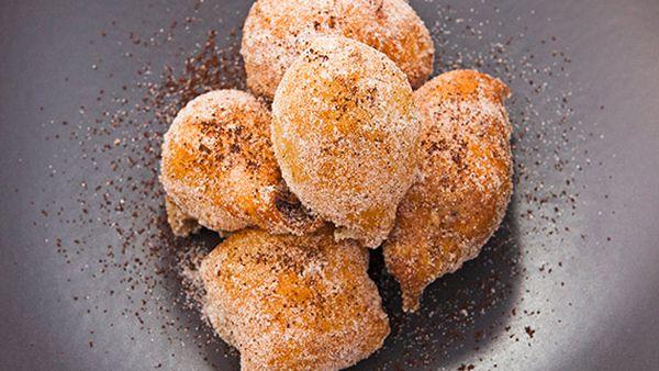 Justine Schofield's sfinci Sicilian doughnuts stuffed with coffee ricotta
