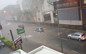 Severe storms trigger flash flooding in south-east Queensland