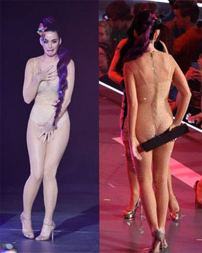 A nude bodysuit seemed like such a good idea at the dress rehearsal… Katy Perry was clearly suffering a case of outfit regret at the MuchMusic Video Awards.