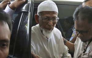 Cleric who inspired Bali bombing must 'renounce radicalism' to be freed, says Indonesian president