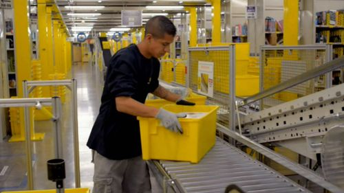 Global online shopping giant Amazon has opened a distribution warehouse in Sydney's south-west.