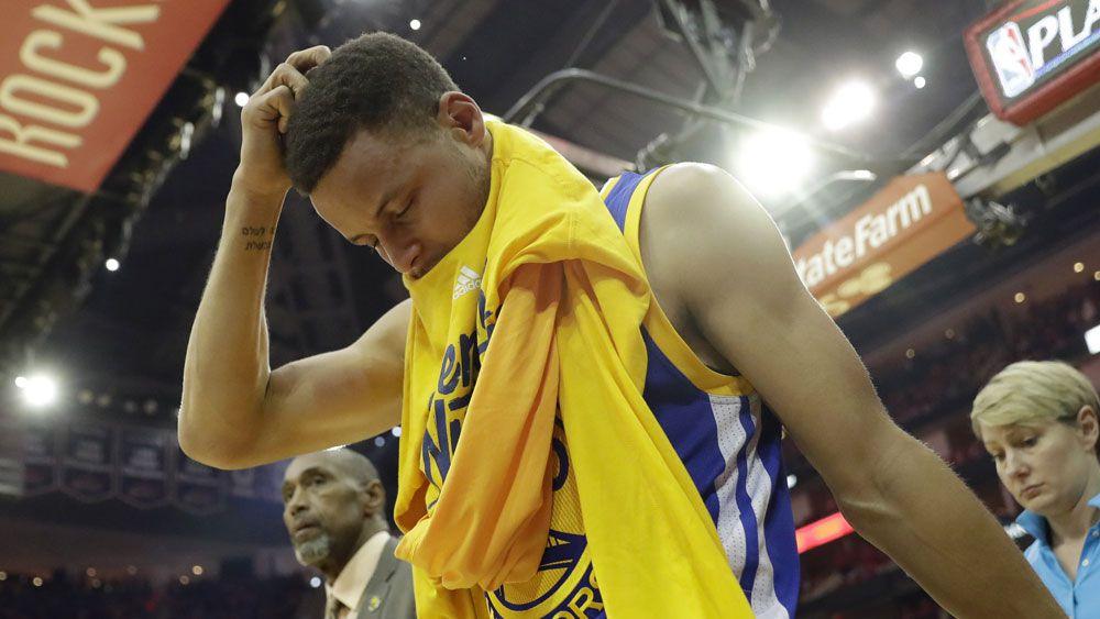 NBA Warriors win despite Curry injury