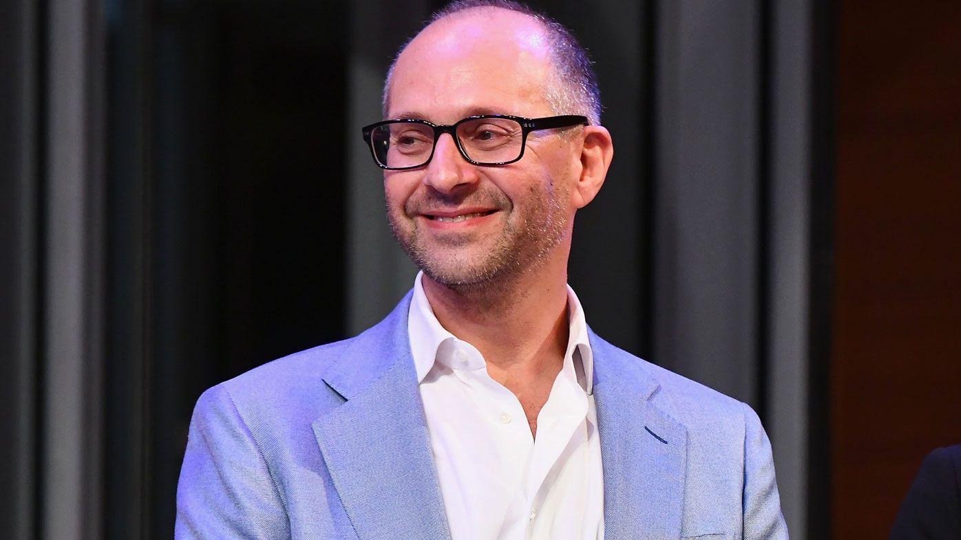 Billionaire Collingwood vice-president Alex Waislitz quits effective immediately