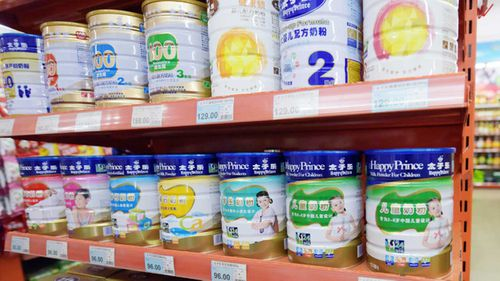 Insatiable demand for baby formula tins from China has caused mass buying in Australia.