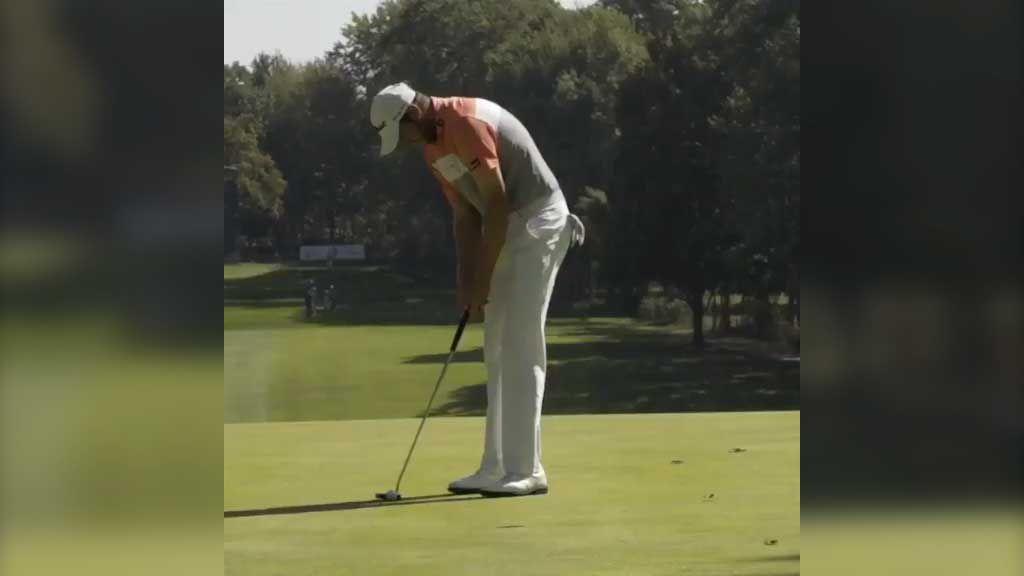 Stray leaf jeopardizes golfer's chances