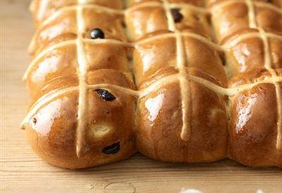 Perfect hot cross buns