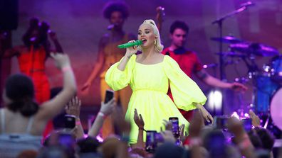 Katy Perry Performs Fight On Concert For Firefighters And Bushfire Victims In Regional Victoria.