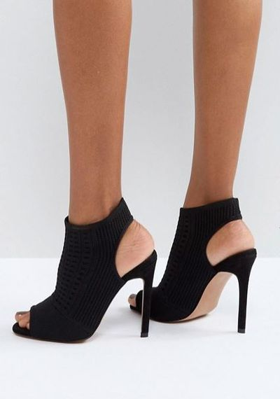 """<p>Wear it with...</p> <p><a href=""""http://www.asos.com/au/asos/asos-harlem-knitted-high-heels/prd/8478681?clr=black&SearchQuery=&cid=6461&gridcolumn=1&gridrow=4&gridsize=4&pge=1&pgesize=72&totalstyles=143"""" target=""""_blank"""" draggable=""""false"""">ASOS Harlem Knitted High Heels in Black, $80</a></p>"""