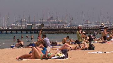 The record-breaking heatwave which crippled parts of Victoria and South Australia is now hitting Sydney, with temperatures in some parts to soar into the 40s.