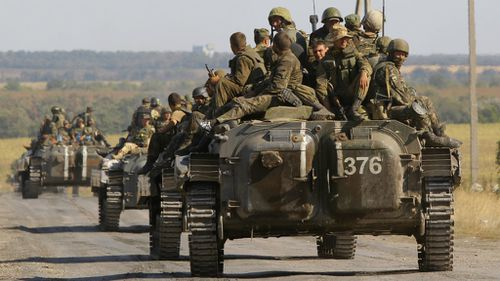 Ukraine soldiers are involved with ongoing battles against pro-Russia rebels. (AAP)