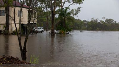 Low-lying areas of Deception Bay can expect the worst of the flooding. (Supplied: Olya Hilton)