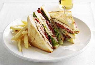 Lunch: Chicken club sandwich