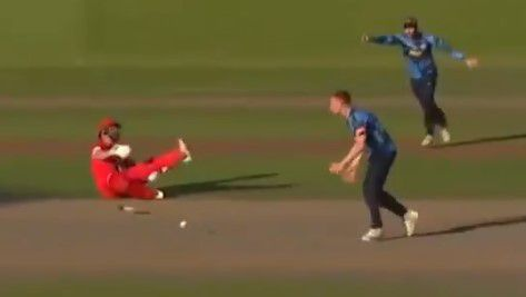 Yorkshire decline to run out hurt batsman during Vitality Blast T20 match in England