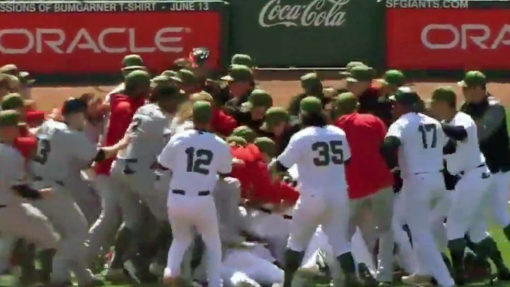 Wayward pitch leads to all-in brawl between Washington Nationals and San Francisco Giants