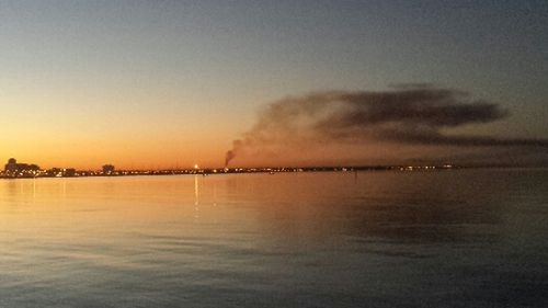 The blaze as seen from the St Kilda Pier around 7am. (Chris Willcock)
