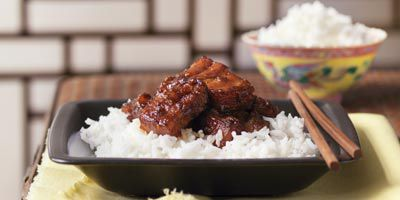 Pork spareribs with chilli plum sauce